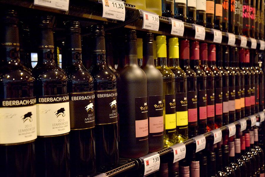 Regionaler Wein bei EDEKA Sommer